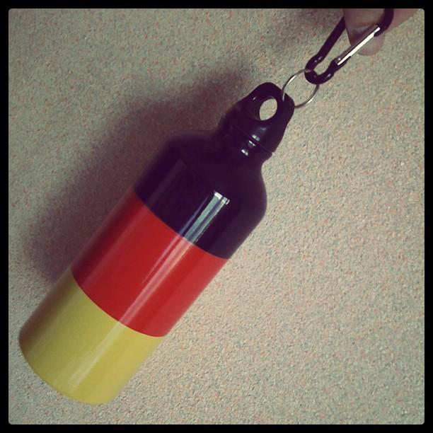 Das Geschenk aus Deutschland. Die Flasche.