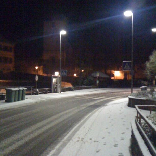 Снежок выпал! :)