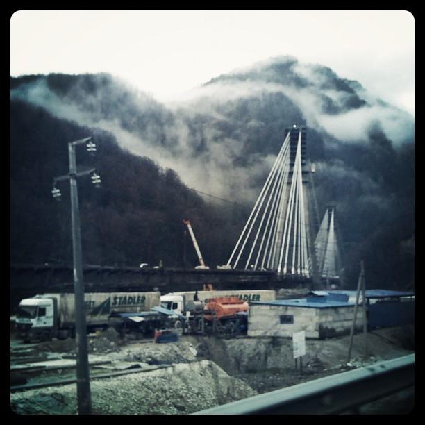 Стройка моста