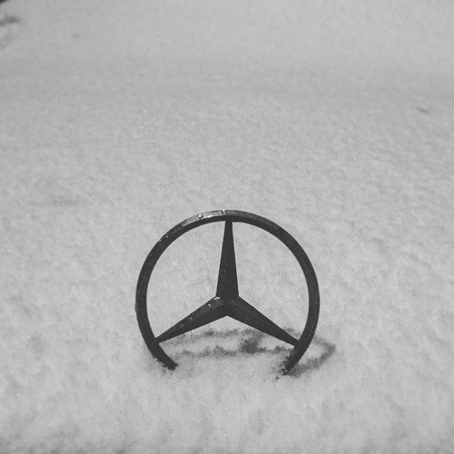 Mercedes-Benz vs Российская зима